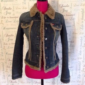 Denim jacket with wool lining
